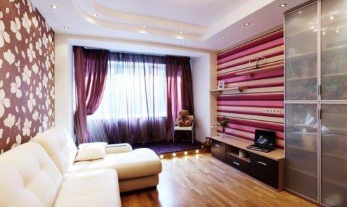 Обои для студии квартиры, на которых изображена вертикальная полоска, способствуют тому