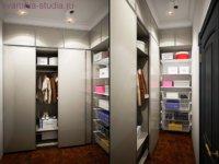 Прячем вещи во встроенные шкафы.