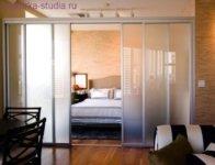 Декорирование раздвижными дверьми
