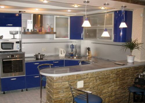 Оформляем маленькую кухню в хай-тек