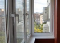 Остекление балконов в хрущевках ПВХ