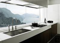 Современный дизайн двухкомнатной хрущевки, кухня на балконе